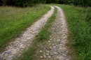 Akmenimis gristas kelias prie Marimonto